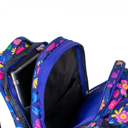 roomy schoolbag with padded pocket for the PC