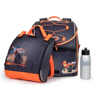 gym bag and drinking bottle